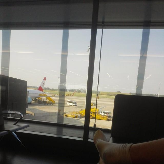 В венском аэропорту отличные диванчики
