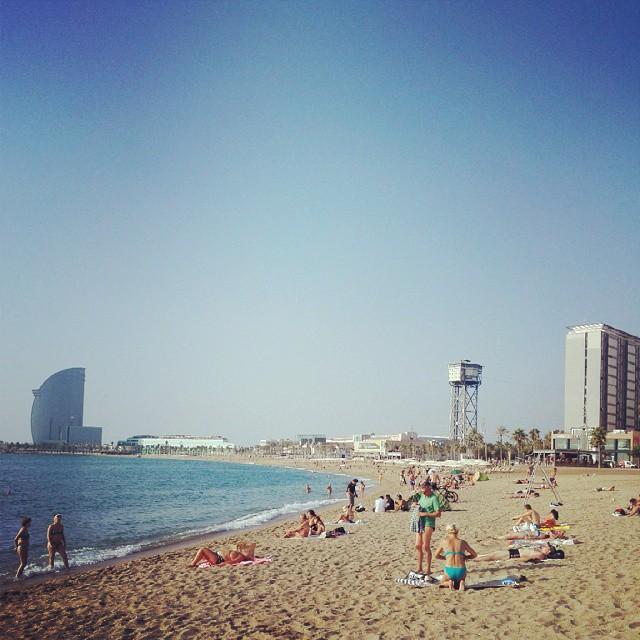 Позволил себе денек проваляться на пляже Барселонета
