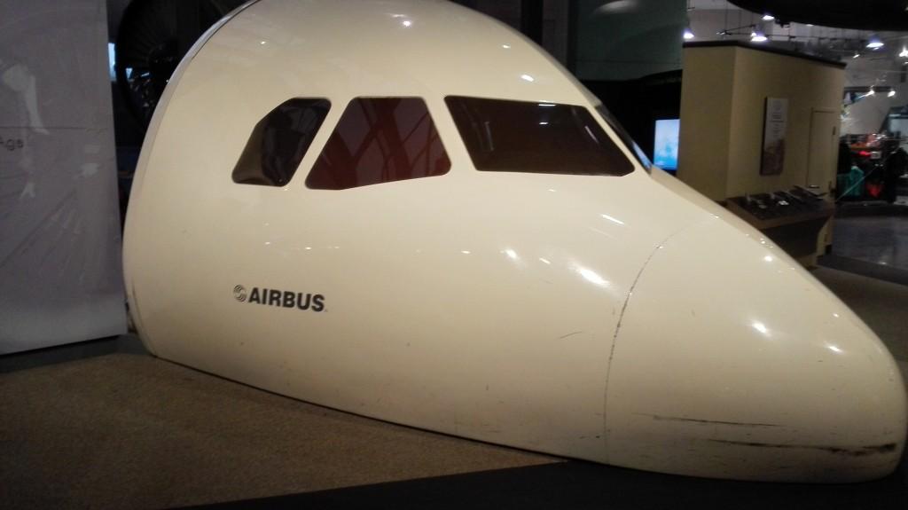 Настоящая кабина Airbus A320