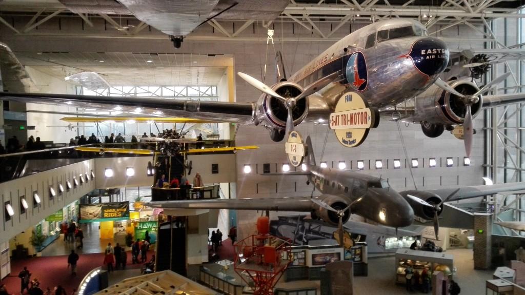 И еще раз DC-3, потому что много его не бывает