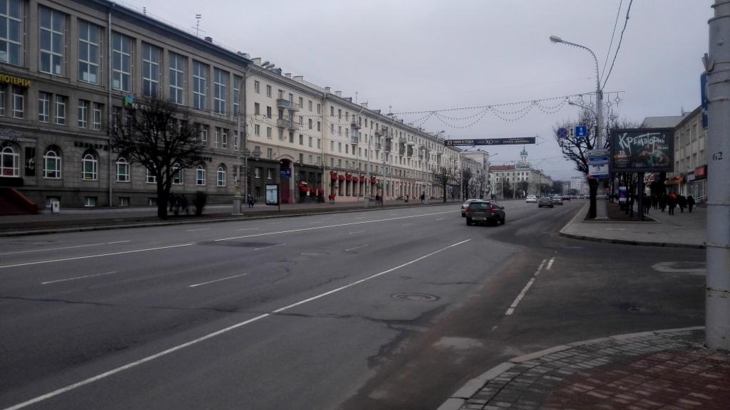 Восточная окраина центра - впереди Академия Наук (которую нельзя фотографировать)