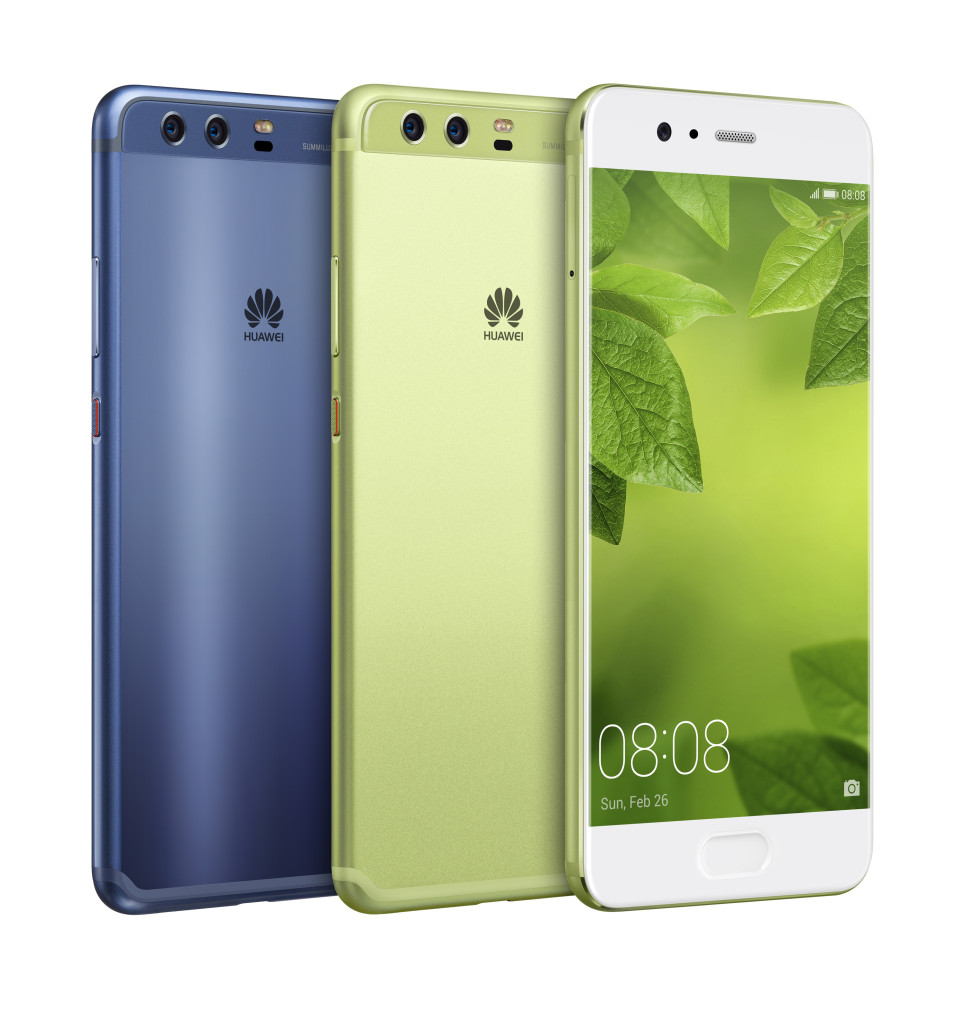 У смартфона несколько расцветок, в том числе не слишком распространенные зеленая и синяя