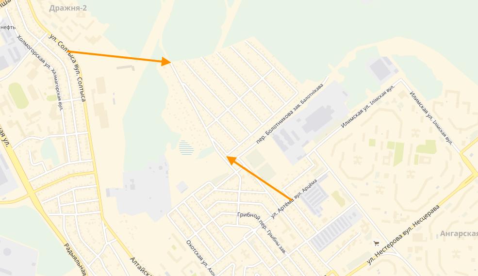Стрелками указаны наиболее близкие от остановок общественного транспорта входы в поселок